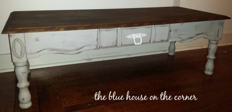 chalk-paint-coffee-table-makeover-4