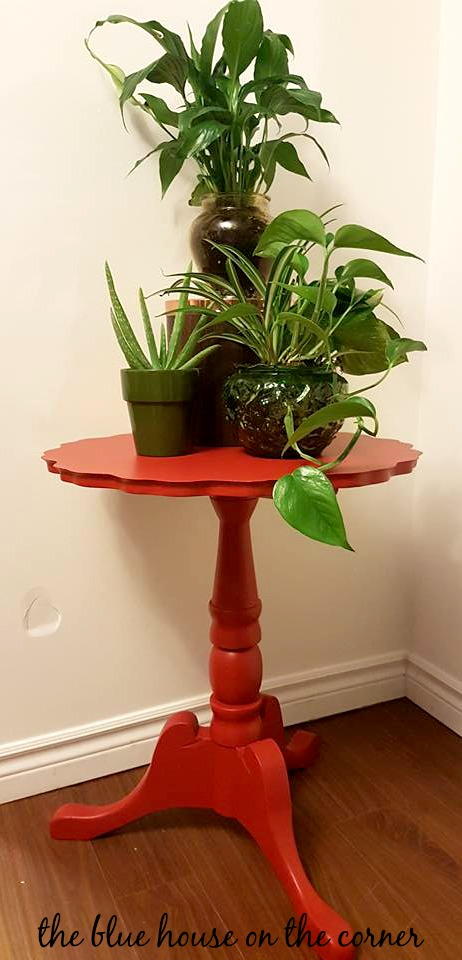 Red Accent Table 13